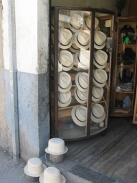 Panama_hats_1