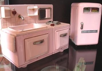 Sink_and_fridge
